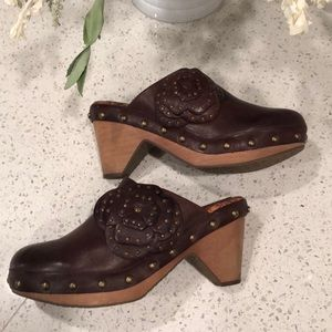 Lucky Brand leather Megan clog / mules